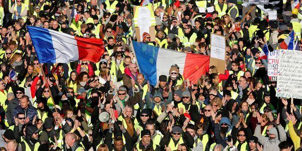 Image result for gilets jaunes france