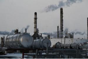 Suncor refinery in Montreal